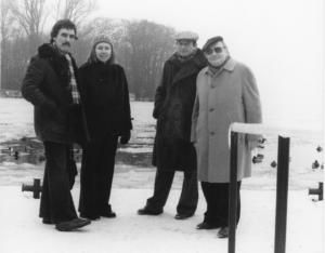 schwarz-weiß Foto Oskar Pastior, Aldona Gustas, Karl Oppermann, Rober Wolfgang Schnell 1980 J